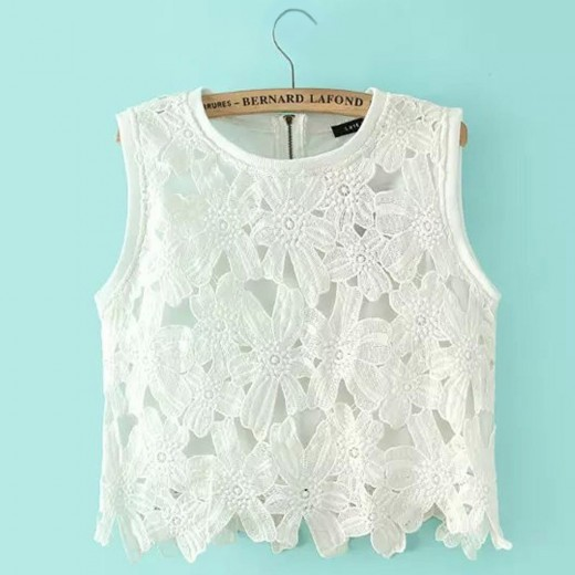 Sweet Flowers Shape Lace Blouse