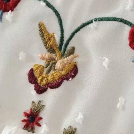 'Eva' Floral Pleated Top