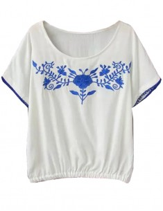 Cute Floral Embroidery T-shirt