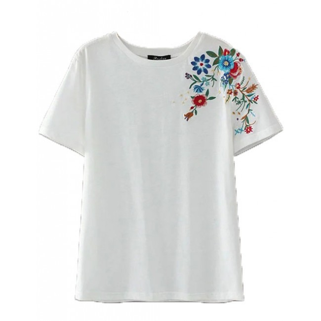 Floral embroidered basic t shirt
