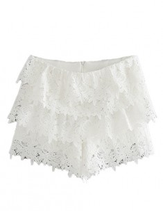 Ruffles White Lace Shorts