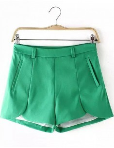 Petal Shape Pockets Shorts